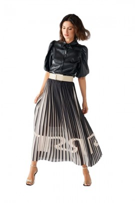 RENAISSANCE Pleated skirt and logo in transparency