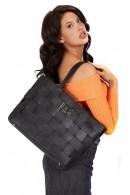 GUESS Große gewebte Tasche